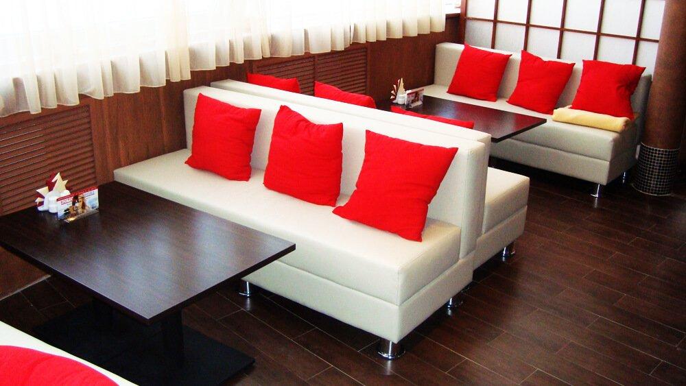 Перетяжка и ремонт ресторанной мягкой мебели - фото №6